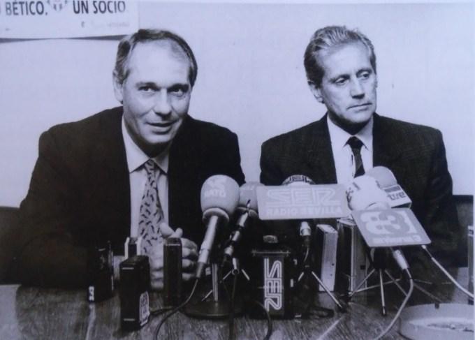 16-1990-presentacion-de-jose-luis-romero