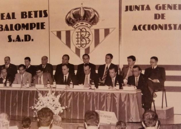 Hoy hace 24 años. Junta General de Accionistas.