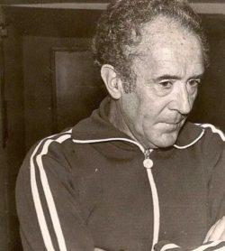Hoy hace 43 años. Debut de Rafael Iriondo en el banquillo del Betis.