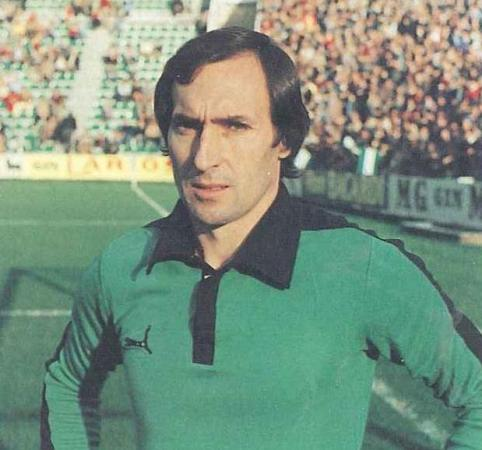 Hoy hace 75 años. Nace José Ramón Esnaola.