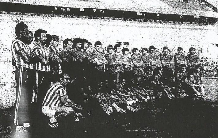 Hoy hace 43 años. Presentación de la primera plantilla del Betis.