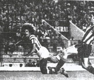 Y Alfredo Megido empezó a jugar, de Manolo Rodríguez