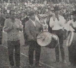 Tamboriles en el Villamarín 1966