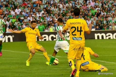 Penalti a Dani Ceballos (Betis-Alcorcon 14/15)