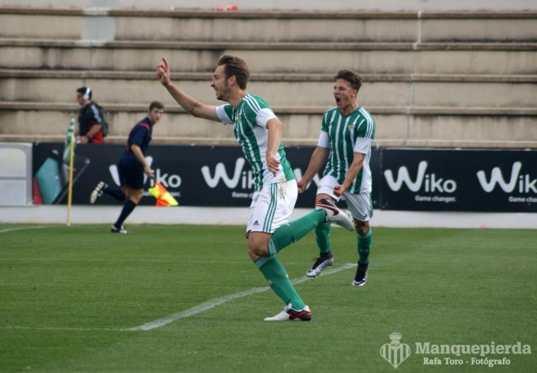 Loren, en imagen del encuentro ante el Cádiz, volvió a marcar.