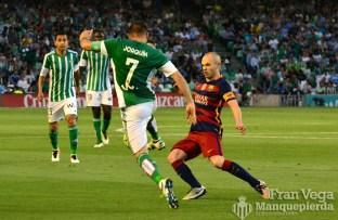 Joaquín e Iniesta, dos leyendas (Betis-Barcelona 15/16)