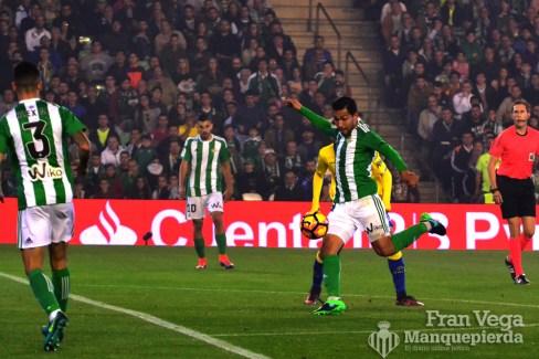 Petros se suma al ataque (Betis-Las Palmas 16/17)