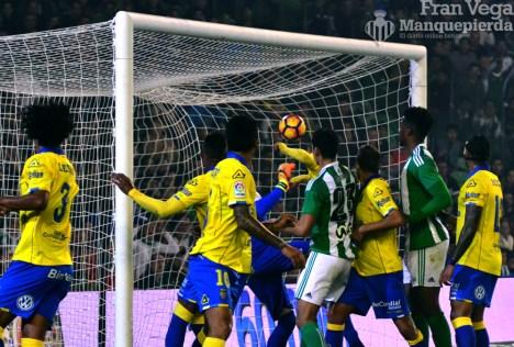 Gol de Bruno, (Betis-Las Palmas 16/17)