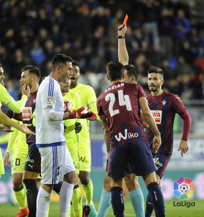 Piccini es expulsado por Ocón Arráiz. Imagen: LaLiga