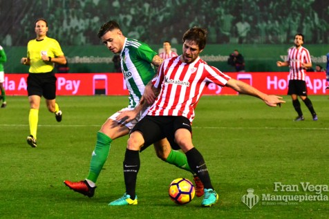 Sanabria peleo todo (Betis-Athletic 16/17)
