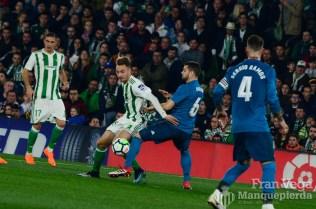 Loren repiti´titularidad(Betis-Madrid 17-18)