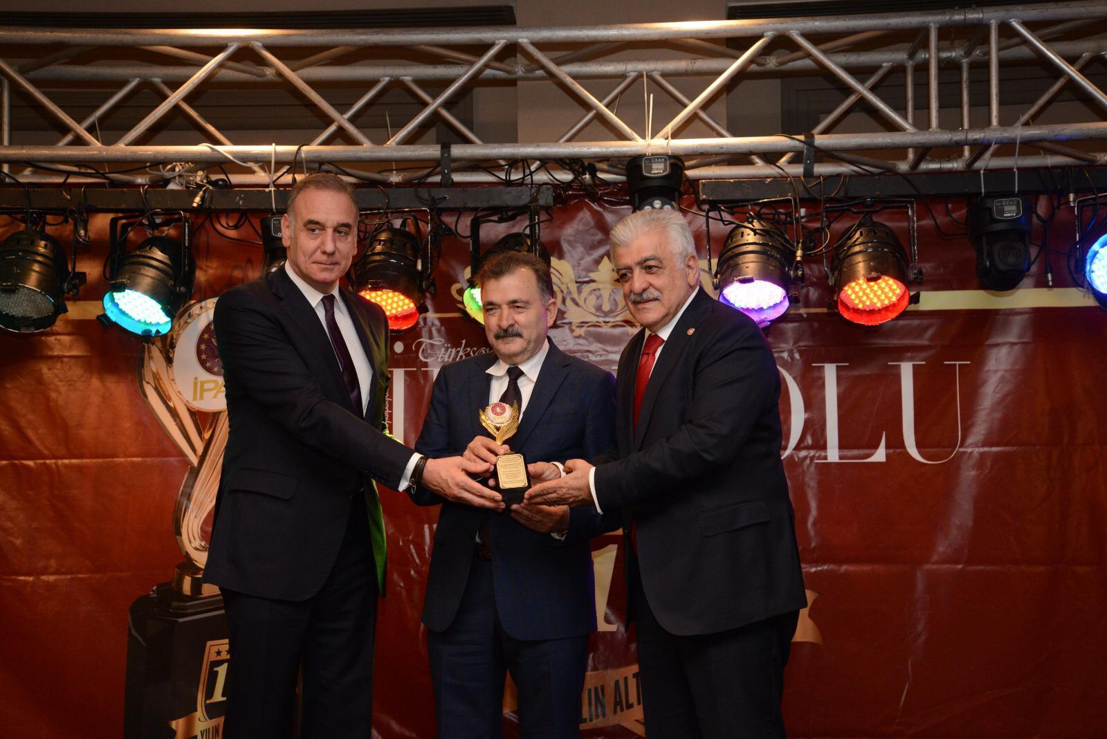 Turgut Torunoğulları'na 'Yılın Turizm Yatırımcısı' Ödülü