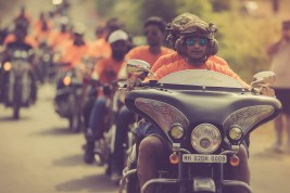 Royal Enfield Rider Mania 2014-Day 1- Riders entering the Rider Mania venue (9)