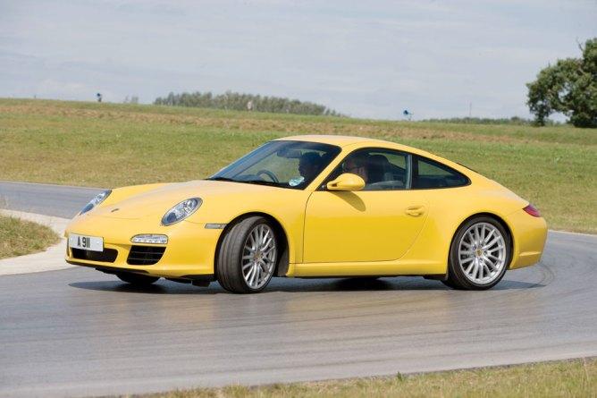 Porsche-911-(REPLACE)