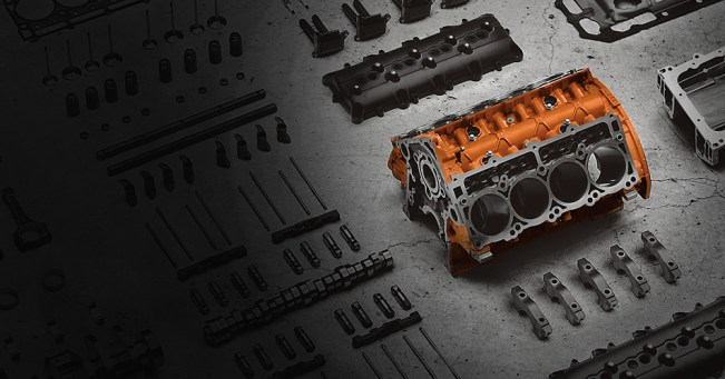 Jeep Grand Cherokee SRT expanded-engine