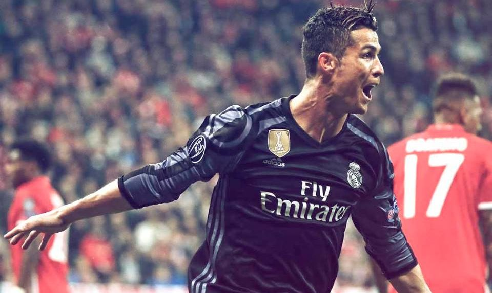 UCL Roundup, Quarter Finals (1st Leg): Ronaldo Punishes 10-man Bayern, Juve Shock Barca