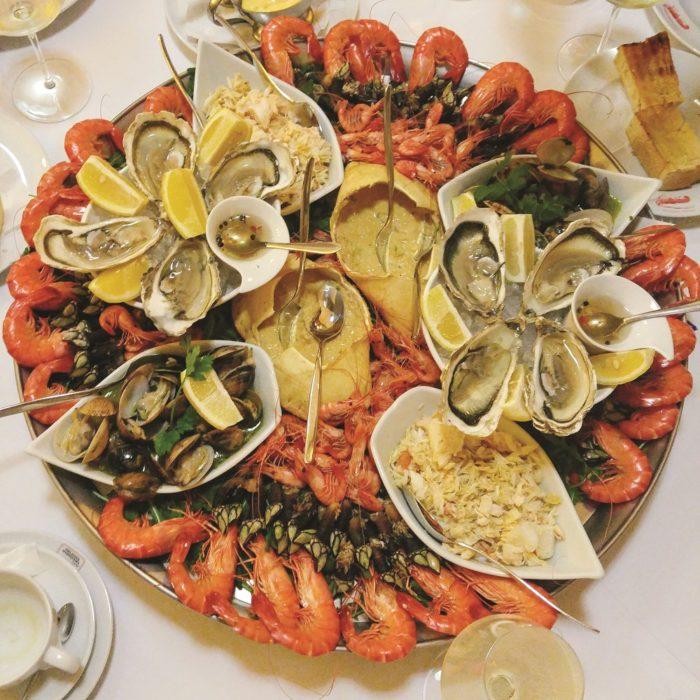 Seafood platter at Esplanada Marisqueira Antiga - © Prachi Joshi