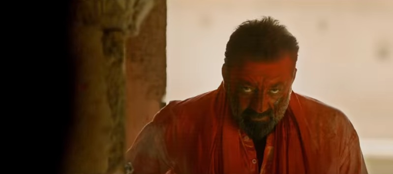 Dabangg Sanjay Dutt Makes A Comeback With Bhoomi; Is This Game Over For Salman Khan?