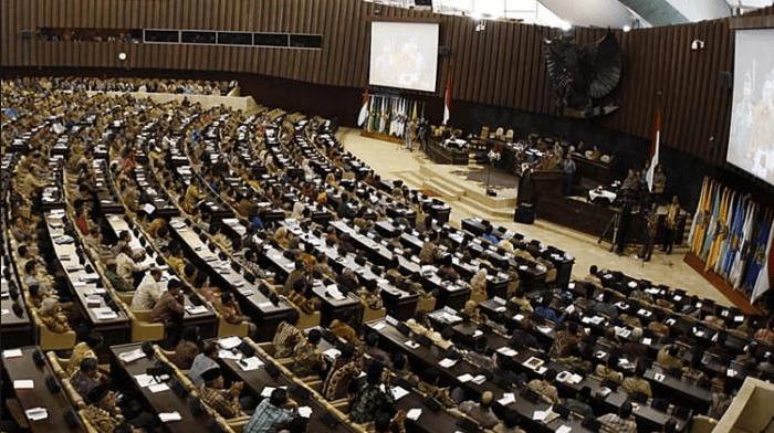 SAH! DPR Setuju Perppu Ormas Jadi Undang-undang