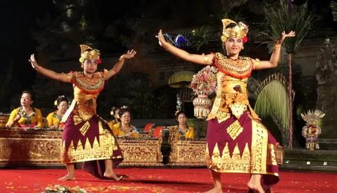 Deskrispsi Tentang Tari Panji Semirang Asal Daerah Bali