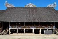 Uraian tentang rumah nusantara yang bernama Lamin