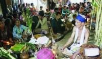 Tradisi-Aruh-Baharin