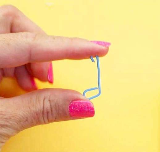 como hacer un gancho con un clip