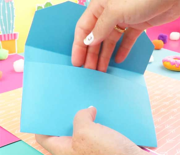 como hacer una carpeta con varias divisiones