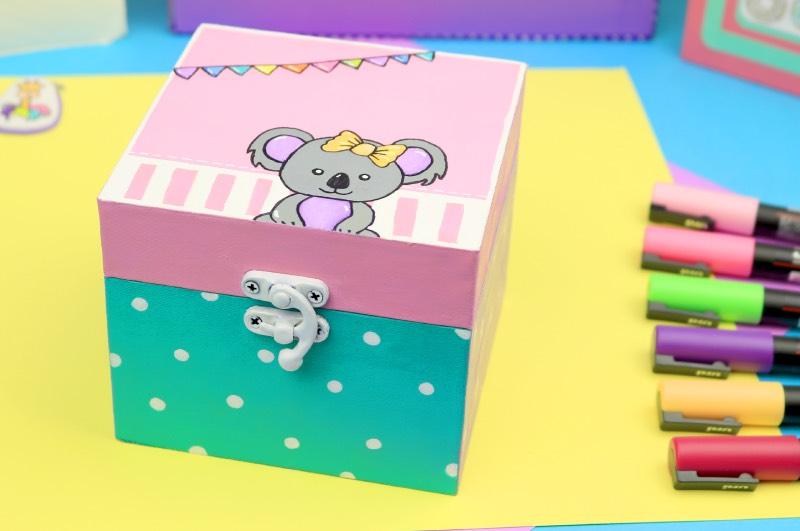 caja reciclada de koala
