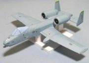 Papercraft imprimible y armable del avión A-10 Thunderbolt II. Manualidades a Raudales.