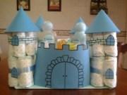 Castillo realizado con pañales. Manualidades a Raudales.