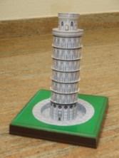 Papercraft building imprimible y armable de la Torre de Pisa. Manualidades a Raudales.
