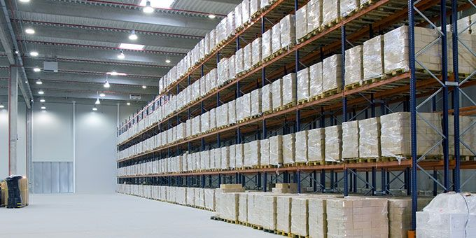 Efficient Warehouse Management: Saving Costs with Rapid Pallet Trackers and Basler ace Cameras