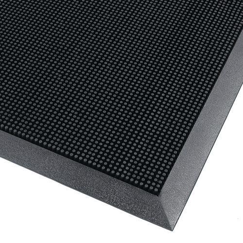 tapis d entree exterieur en caoutchouc a picots flexibles notrax manutan fr