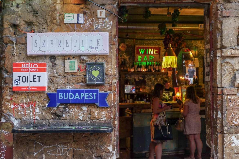 Pub Hopping Around Budapest\'s Best Ruin Bars   Man Vs Globe