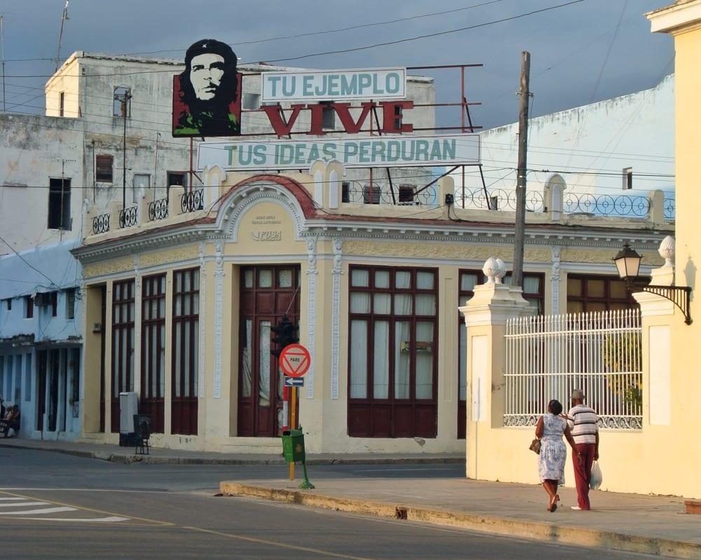 Che Guevara billboard in Jose Marti park, Cienfuegos