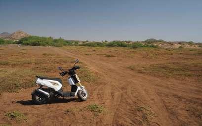 Scooter loué sur l'île de Boa Vista pour en faire le tour.