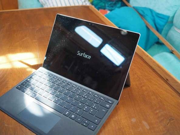 Microsoft Surface Pro 4 achetée pour notre usage sur notre bateau.