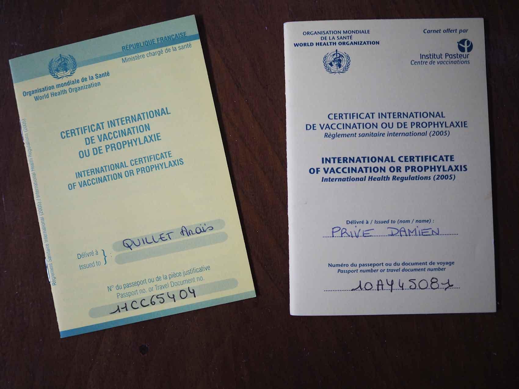 Carnet de vaccinations d'Anaïs et Damien sur Manwë.