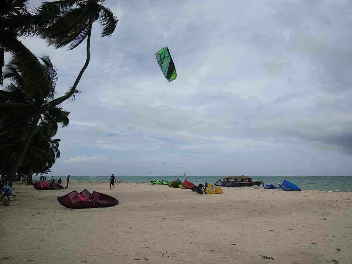 Kitesurf à Pigeon Point sur Tobago.