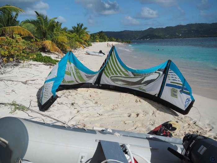 Session de kitesurf pour Damien sur Sandy Island.