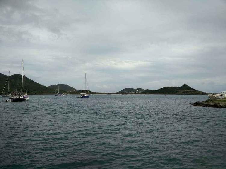 Navigation dans le lagon de Saint Martin.