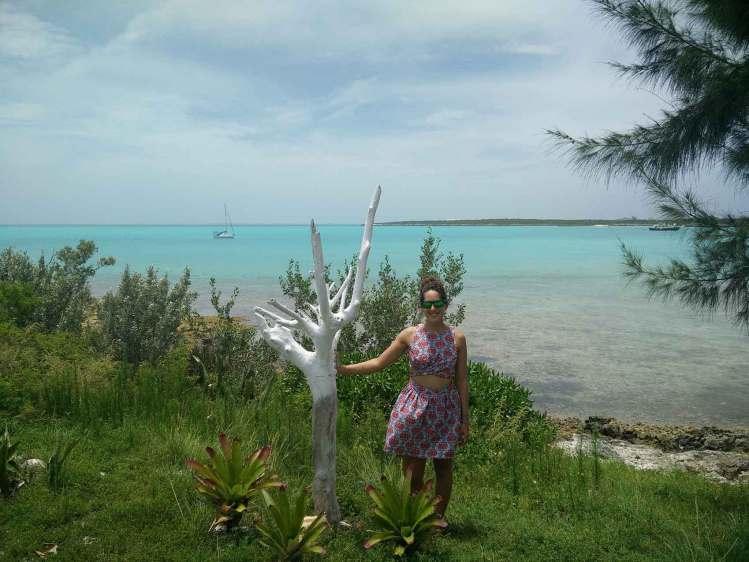 Vue sur notre voilier dans les Exumas, aux Bahamas.