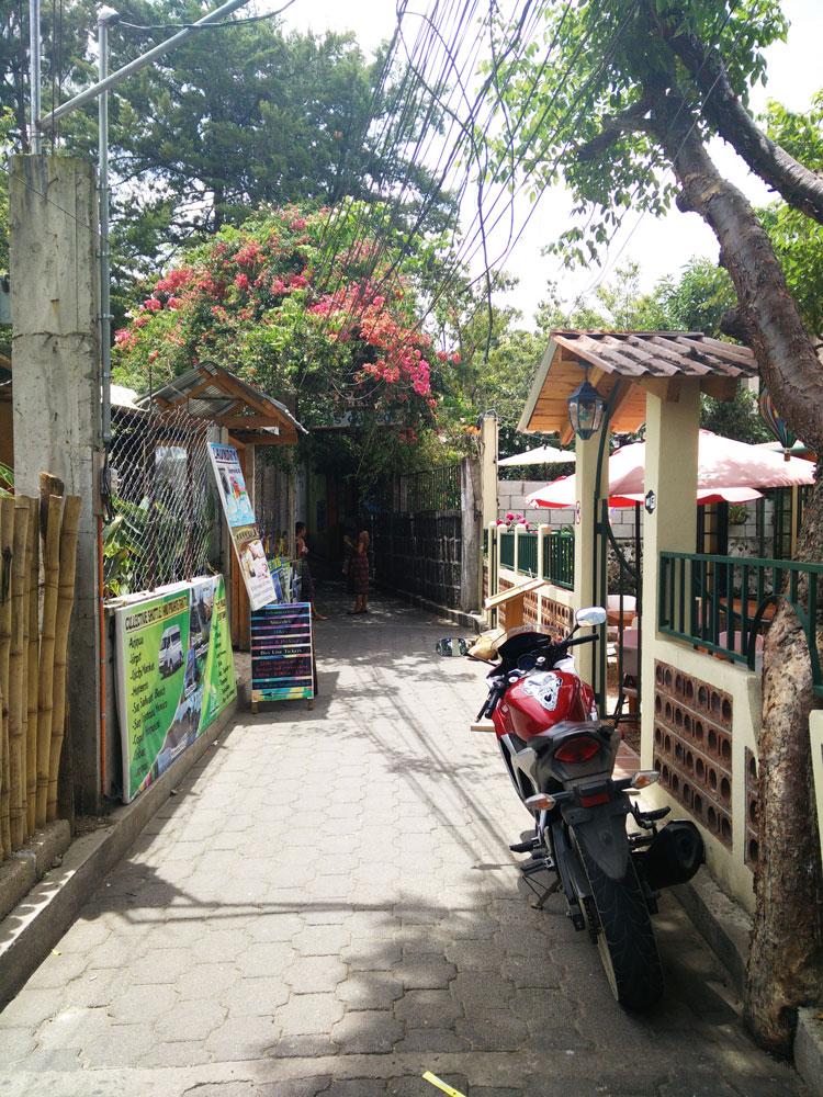 Rue du village de San Pedro, sur le lac Atitlán, au Guatemala.
