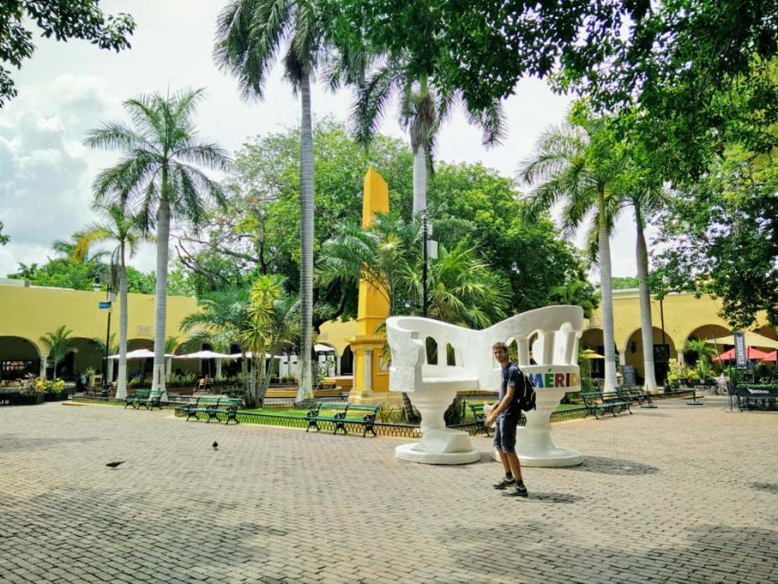 Une des jolies places de la ville de Mérida, au Mexique.