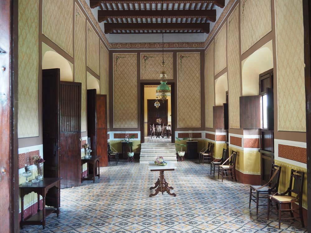 Salle intérieure de l'hacienda Yaxcopoil au sud de Mérida.