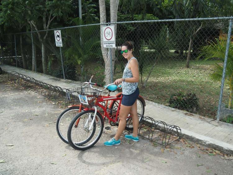 Vélos loués à Valladolid pour aller voir les cénotes aux alentours.