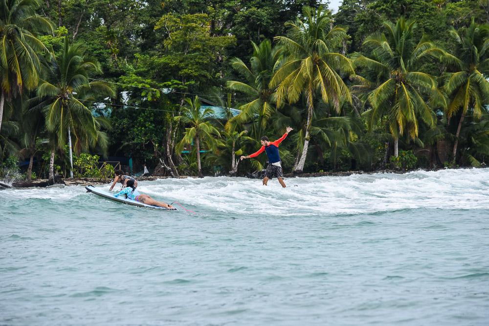 Surf par Damien à Carenero à Bocas del Toro.