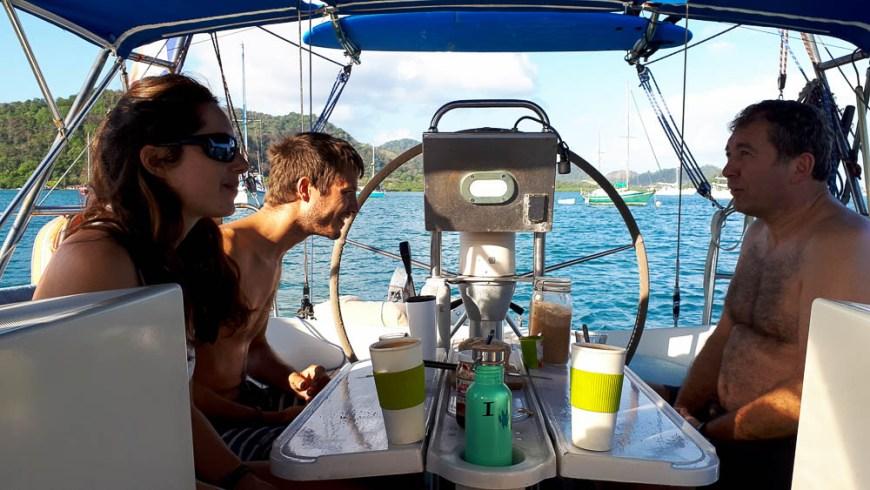 Petit déjeuner au Panama à bord de Manwë.