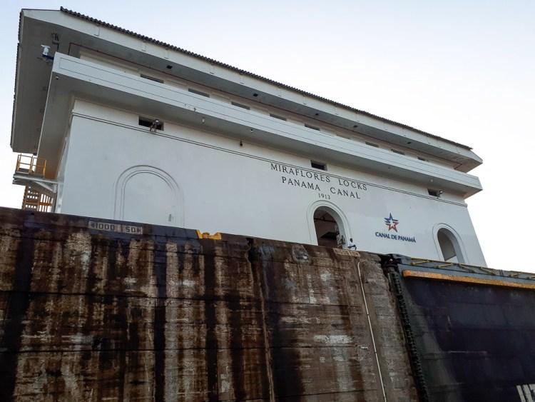 Ecluse de Miraflores sur le canal de Panama.